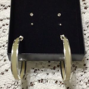 NWOT Hoop & Stud Earrings Set